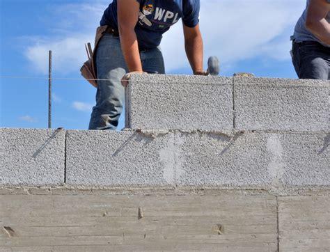 comment monter un mur en parpaing monter un mur en parpaing en quelques 233