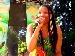 Nkulee Dube live at 2012 Reggae On The River (3) - YouTube