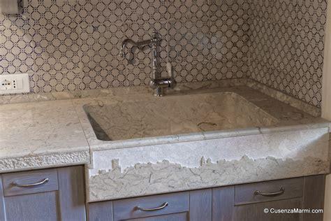 lavello rustico piano cucina top cucina in pietra massello con fronte rustico