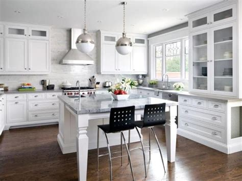 best white for kitchen cabinets new trends in white kitchen cabinets 7810