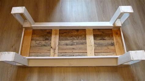 comment fabriquer une table basse en bois comment fabriquer une table en bois cgrio