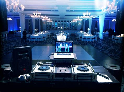 simple dj lighting setup wedding dj 230 jpg 736 552 wedding dj setup