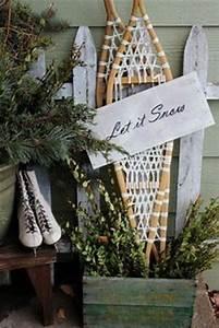 Vintage Christmas Decorations Wreaths
