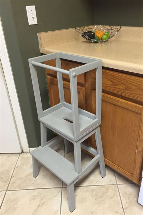 toddler kitchen stool 25 best ideas about learning tower on