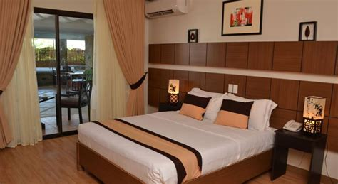 list    hotels  davao city philippines updated
