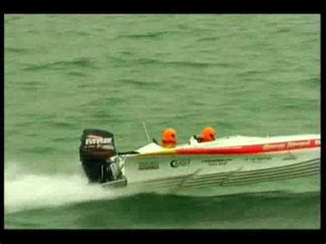 Speed Boat Crash Youtube by High Speed Boat Crash Australian Powerboat Chionships