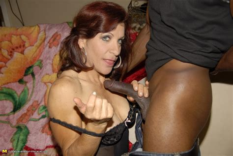 This Kinky Mature Slut Really Loves The Black Cock Granny Nu