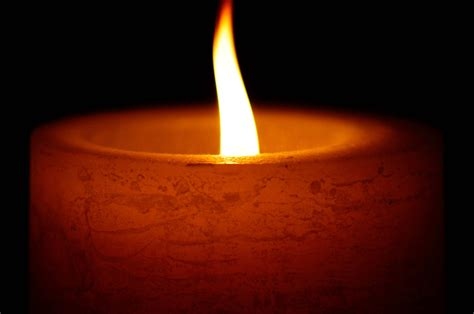 Animated Burning Candle Wallpaper - flickering candle to flaming in seconds houston