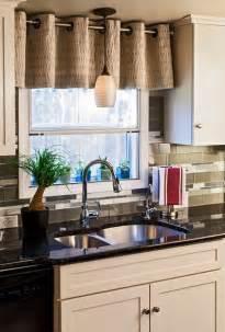 sacks kitchen backsplash what a difference kitchen curtains make modernize