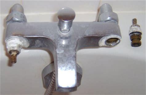 Changer Un Joint Robinet De Baignoire comment reparer robinet baignoire