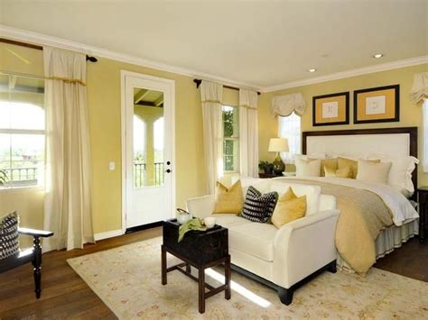 25+ Best Yellow Bedrooms Ideas On Pinterest