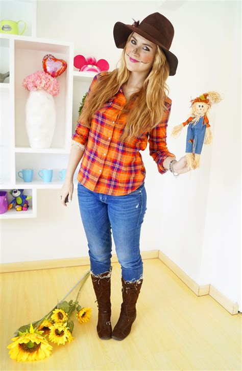 the joy of fashion halloween easy scarecrow costume