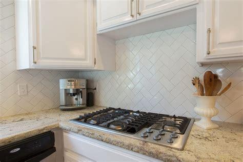 2 X 6 Subway Tile Backsplash : 6 Amazing Backsplash Designs From Kitchencrate