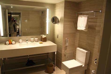 salle de bains photo de one un new york new york tripadvisor