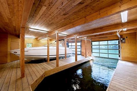 simple warm design boathouse  ontario
