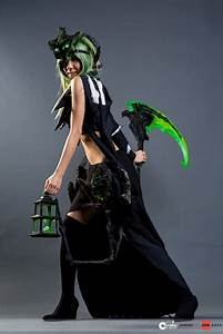 Female Thresh Anime Expo 2013 by Kristeekins on DeviantArt