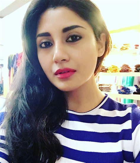 Rimi Sen | Desi beauty, Beauty, Girl