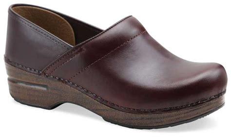 dansko professional full grain oiled leather clogs