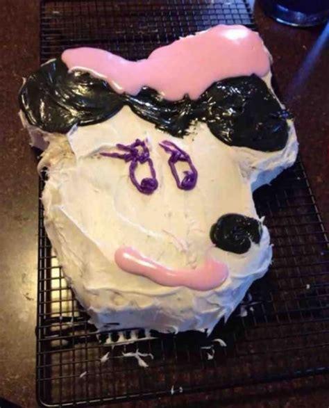 pasteles de cumpleanos  salieron terriblemente mal