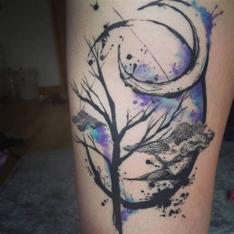 beautiful crescent moon tattoos  meaning