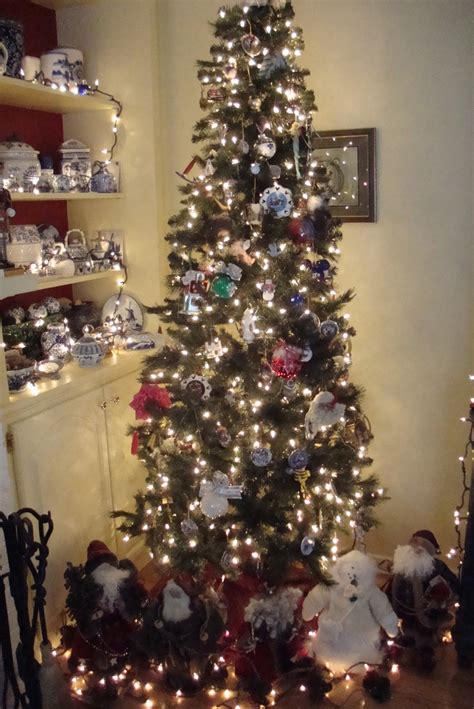 Pin By F F On Holidays Decor Ideas by Tree 2011 Decorations