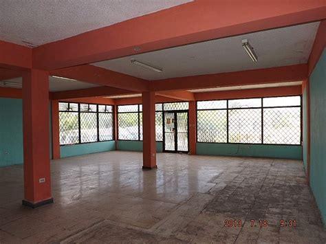 commercial building  rent    clarendon jamaica