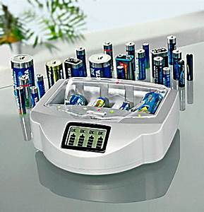 Batterien Für Solarlampen : universal ladeger t f r batterien akkus bestellen ~ Whattoseeinmadrid.com Haus und Dekorationen