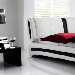 Hochglanz Bett Weiß 140x200 : polsterbett komplett malin bett 140x200 weiss lattenrost matratze wohnbereiche schlafzimmer ~ Bigdaddyawards.com Haus und Dekorationen