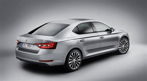 skoda superb 2015 2015 skoda superb liftback revealed in photos 1 of 6