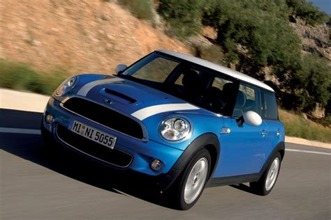 2010 Mini Cooper S Reviews by 2010 Mini Cooper S Overview Cars