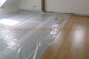 Podlahové topení pokládka plovoucí podlahy