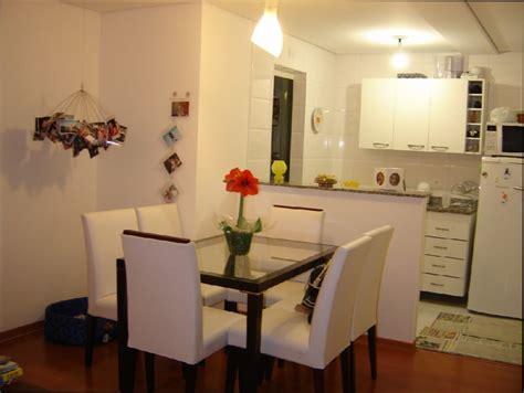 Sala De Estar : cozinha americana com sala de jantar e