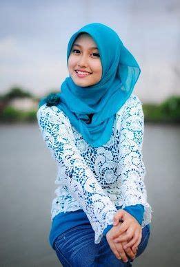 gambar wanita bertudung  cantik  malaysia  photo gadis ayu pinterest hijab