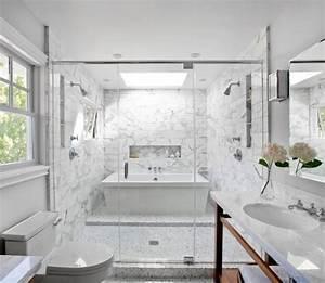 Salle De Bain Marbre Blanc : petite salle de bain moderne en 34 exemples inspirants ~ Nature-et-papiers.com Idées de Décoration