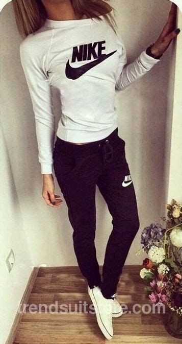 Best 20+ Cute sweatpants outfit ideas on Pinterest | Sweatpants Nike sweatpants and Nike