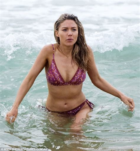 sam holland bikini sam frost finally makes home and away bikini debut daily