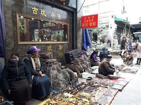 song xian qiao antique  art market chengdu