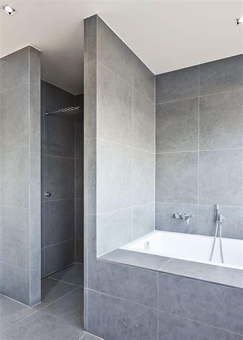 Badezimmer Hochschrank Modern by Modern Functionalism Bathrooms Badezimmer