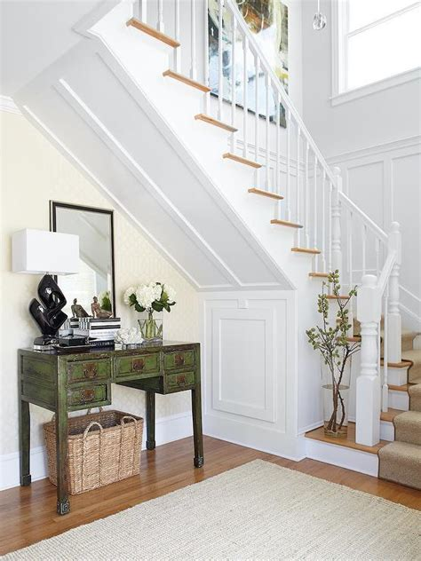 stairs table traditional entrancefoyer