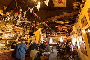 Australia's Best Outback Pubs - Hema Maps