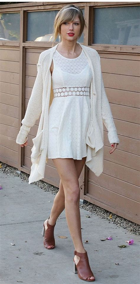 Taylor Swift's Most Epic Fashion Moments 10 • DressFitMe