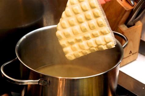 cuisiner des ravioles mignonnes petites ravioles la cuisine à quatre mains