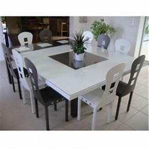 Table 16 Personnes : table de salle a manger carree ~ Teatrodelosmanantiales.com Idées de Décoration