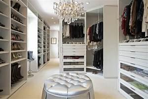 Begehbarer Kleiderschrank Ideen : begehbarer kleiderschrank ideen verschiedene designs und ~ Michelbontemps.com Haus und Dekorationen