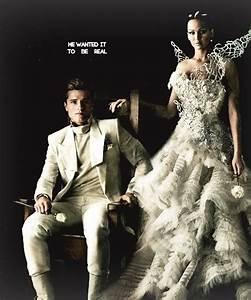katniss in her wedding dress | tv & movies | Pinterest ...