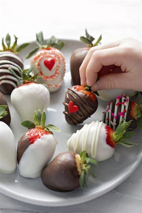 perfect chocolate covered strawberries life