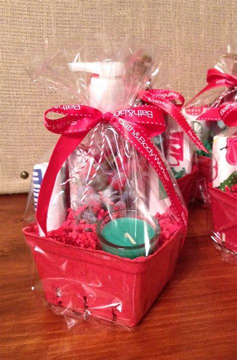 Sohl Design Christmas Mini  Ee  Gift Ee   Baskets
