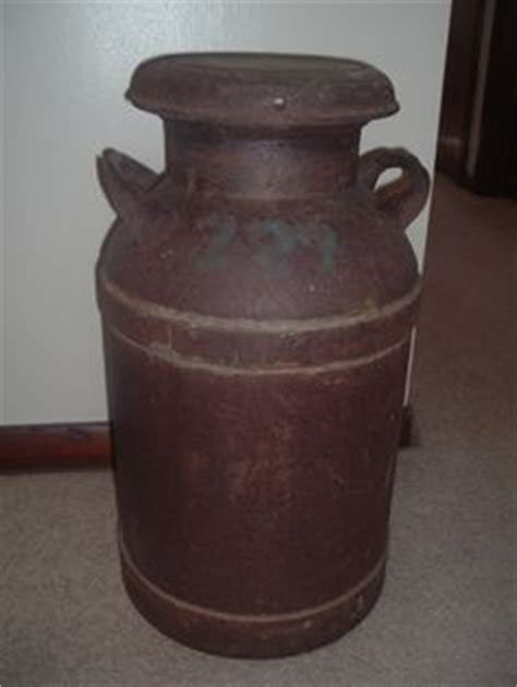 Antique Metal Milk Can Jug With Lid Old White Chippy