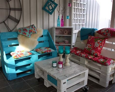 Upcycling Pallet Table Ideas For Your Garden Or Living Room