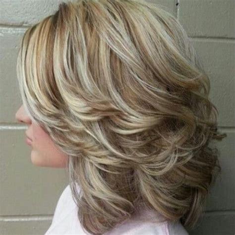 schillernde frisuren mittlerer laenge fraun haare